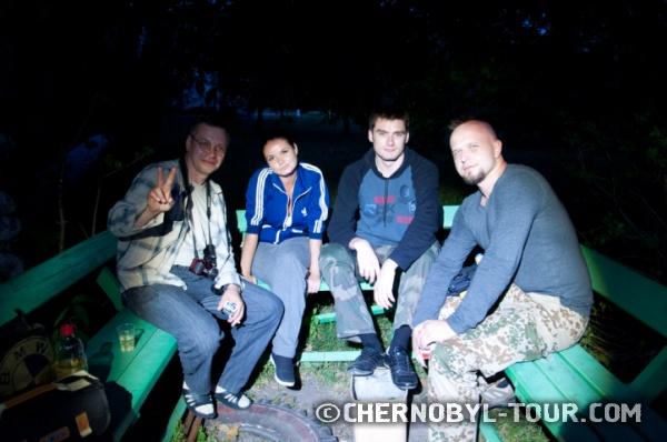 После ужина у гостиницы в г. Чернобыль